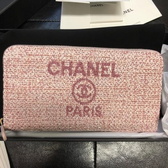 CHANEL Handbags - Chanel Deauville Wallet Long Pink Raffia